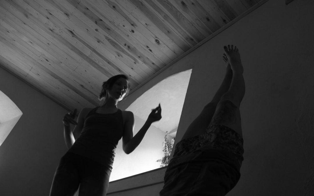 """18.11 warsztat w Olkuszu """"Do góry nogami, czyli o pozycjach odwróconych"""""""